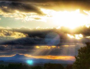 sunset lightrays sky naturephotography landscape